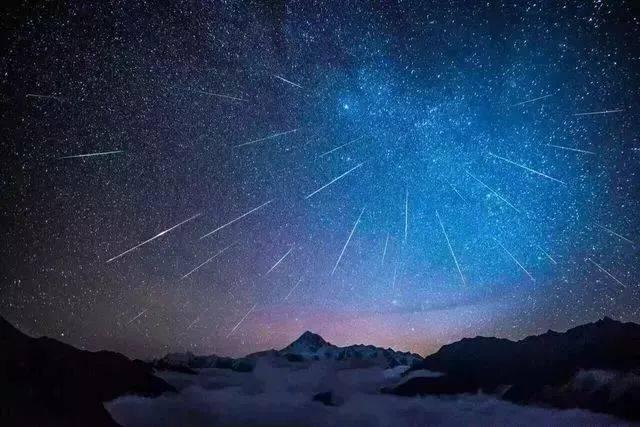 是全年三大周期性流星雨之首
