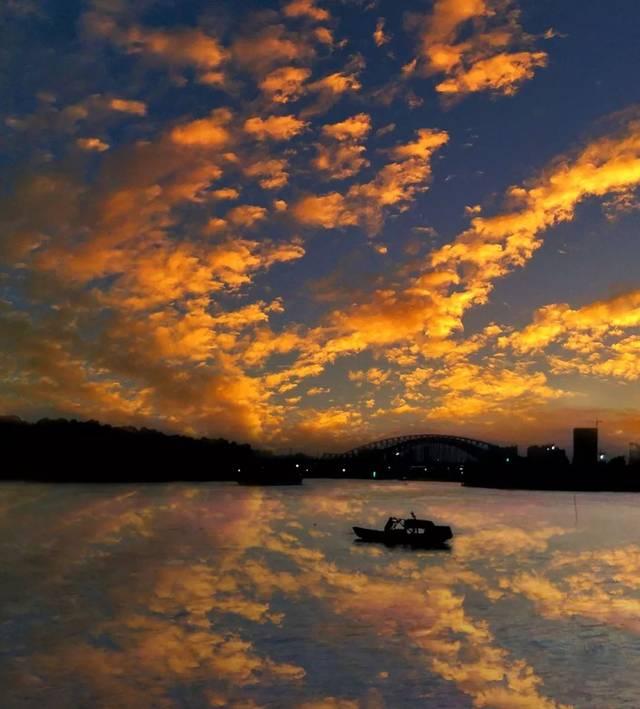 背景 壁纸 风景 气候 气象 天空 桌面 640_709图片