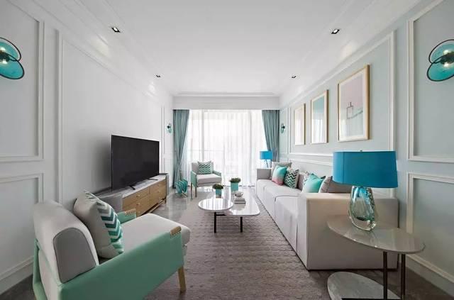 简单的白墙,或者石膏线条,就可以设计出一款简约美的电视墙!