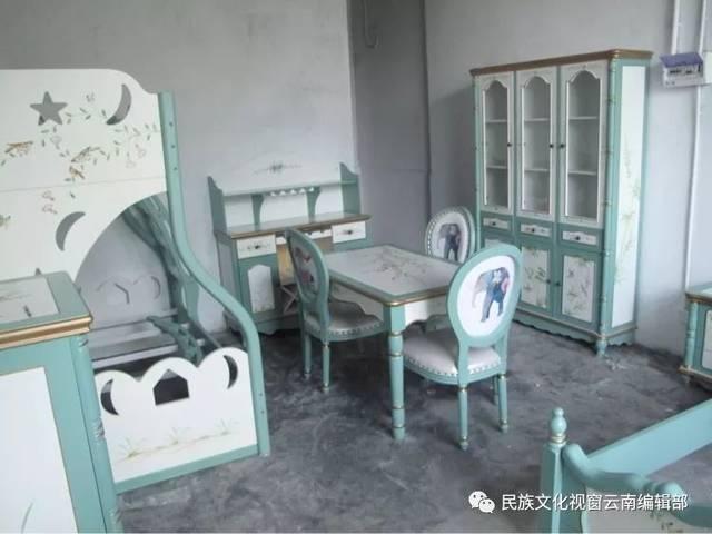 云之龙国际艺术家居长街落户云南艺术家园