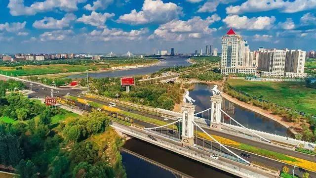 鄂尔多斯总人口_传奇城市 GDP曾超香港房价直逼北上广 如今神话破灭