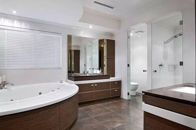 大户型卫生间浴室装修效果图,精致设计过目不忘,就差一个大房子了!