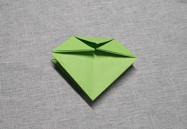 亲子手工折纸:怎么折四角盒子,简单漂亮的花篮纸盒折法