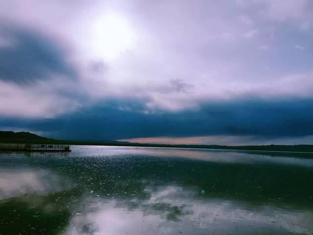 在盛夏,遇见最美的巴里坤湖!