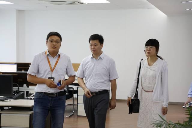 江苏农林职业技术学院-信息工程学院曹老师携赵老师,苏老师,刘老师