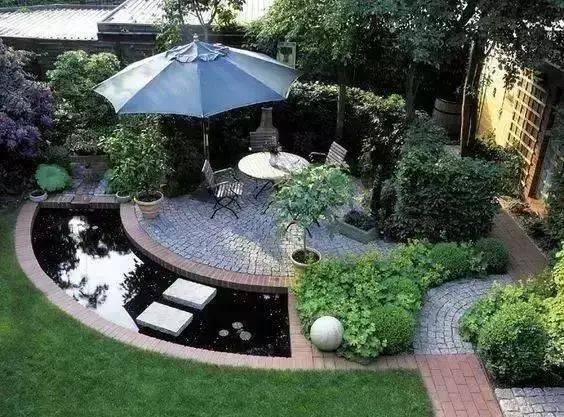 一个舒适安逸的小院子里都需要一个水池子 那个水池可假山叠水设计图片