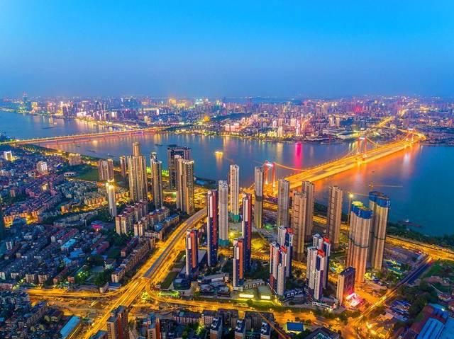 湖北各城市经济揭露,黄冈,恩施最穷,武汉,宜昌最富