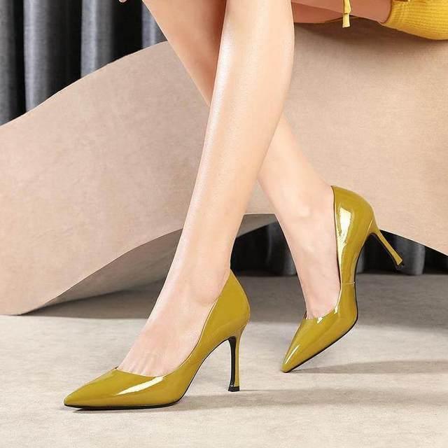 时尚高跟鞋搭配,秀出你的性感美腿图片