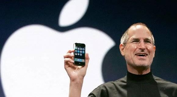 苹果市值登顶万亿美元!这家公司如何走到今天图片
