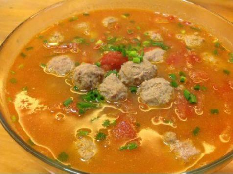 番茄丸子汤_西红柿丸子汤,10分钟做好!老少皆宜!