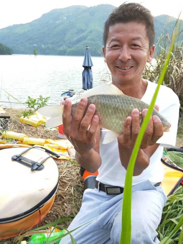 每到夏季天气炎热鱼情也没口,怎么样解决呢?图片
