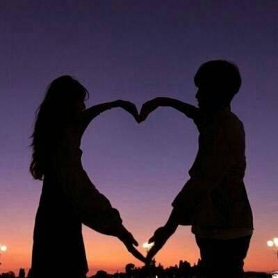 6对情侣背影或者剪影的情侣头像图片
