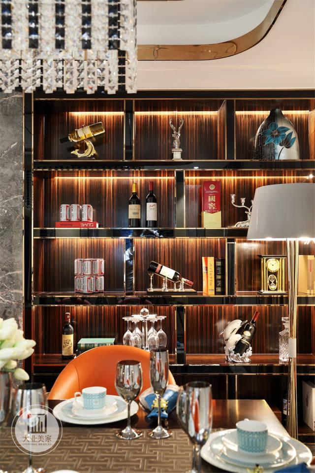 鎏金大业视觉质感美家设计师合理运用专科打造出了的华丽效果酒柜美不西安灯光室内设计图片