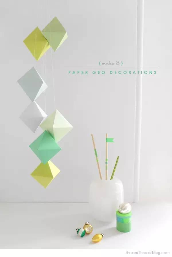 准备材料:纸,麻绳,纽扣或小珠子 制作步骤图解: 迎面而来一股小清新