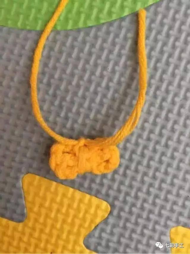 迷你蝴蝶结钩针编织教程,不要因为简单而小瞧它,用处还挺多的