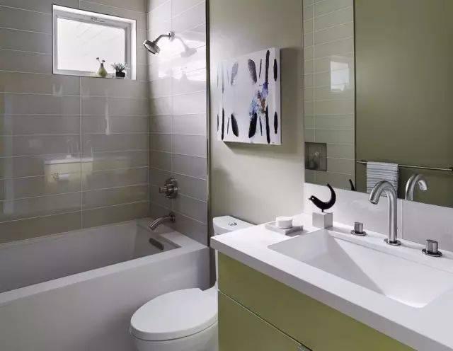 小型卫生间装仹f�x�_4m的小型浴缸,小卫生间拥有浴缸再不是梦想!