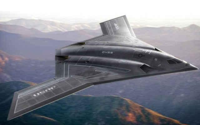 美国b21轰炸机问世,投入550亿美元,专家称这一技术拖了后腿