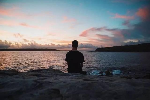 選擇自己心之所屬并堅守,自律就是一件順其自然的事情了.圖片