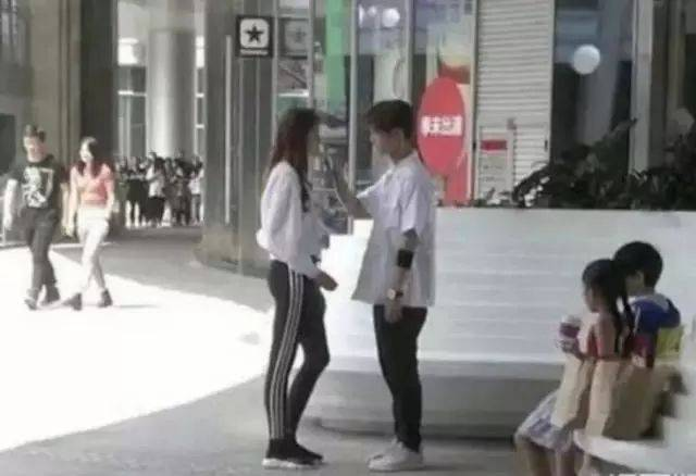 """鹿晗和关晓彤的吻戏来了!""""公费恋爱""""只赚不赔?"""
