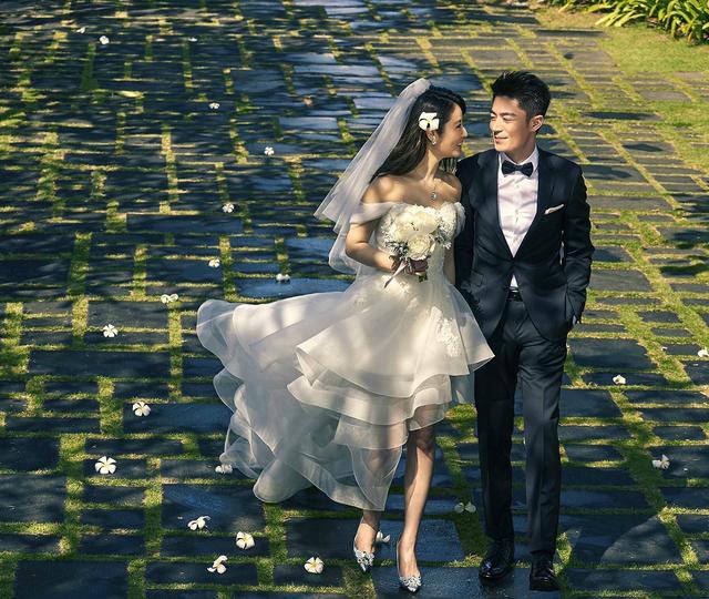 经典韩风婚纱关于明星的新闻消息照给你明星般的美丽与甜蜜