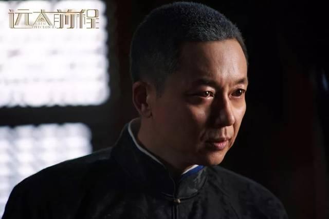 而当初刘奕君出演《琅琊榜》时,最初定他饰演的是另一个角色,后来饰演