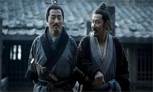 汉初三杰之一萧何为西汉成立奠定了哪些基础?