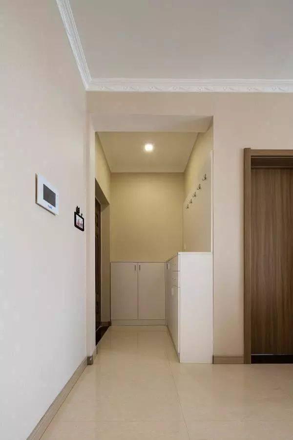 媳妇花8万装修的新房,不做吊顶走石膏线,简单清爽,看着实在舒服!