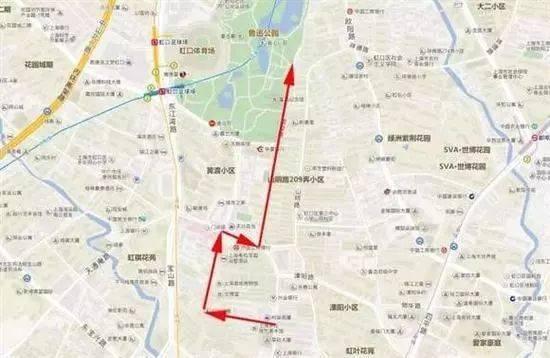 作为上海经典地标建筑之一,苏州河不仅吸引了许多游客前来参观,而且