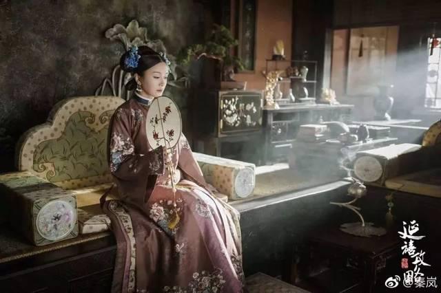 这个暑假,《延禧攻略》刷屏朋友圈了,剧中秦岚饰演的富察皇后可谓圈粉图片