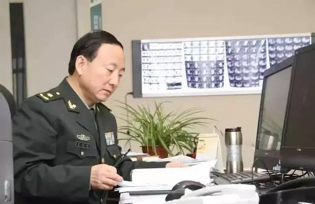 逵_微故事 | 秦叔逵:努力做一个爱岗尽责的好军医