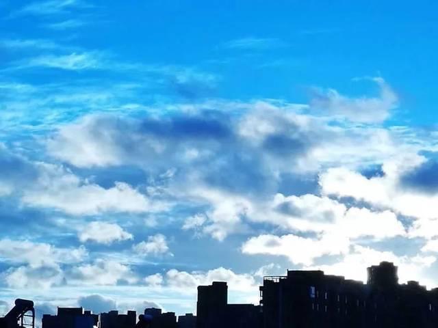 天空出现那一道彩虹_暴风雨后 天空惊艳了大连!_彩虹