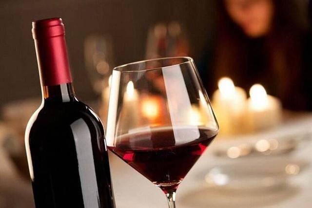 特别除了红酒本身味道之外的保养功效,让许多女性对她独有青睐.