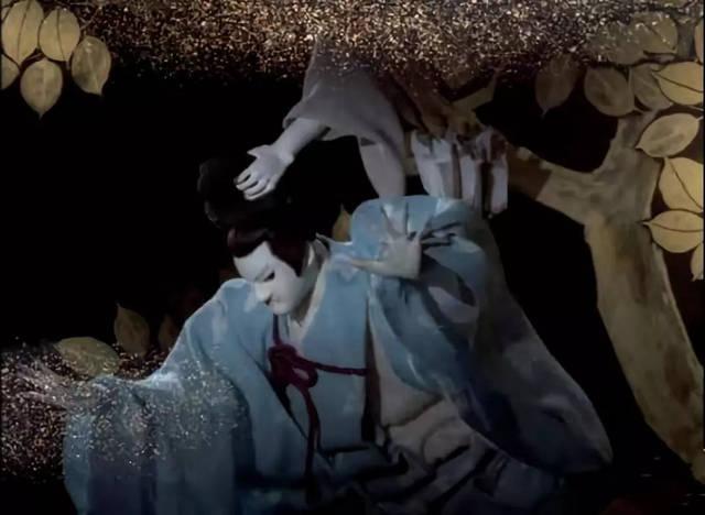 日本集体性爱是内射吗_情急之中哥哥一剑射断了鬼的手臂.