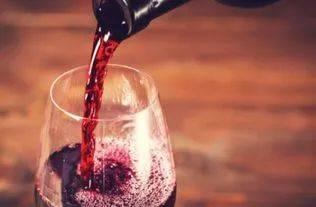 女性喝红酒有什么好处?在什么时间喝最好?