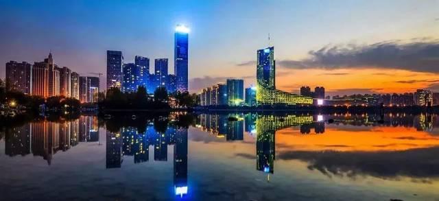 西安和合肥gdp排名2020_陕西,山西与安徽的2018年经济,排名如何