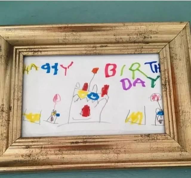 每一刀切下去 都是身份的象征 儿子画小蜜蜂 老妈让你在吃早餐时也能图片