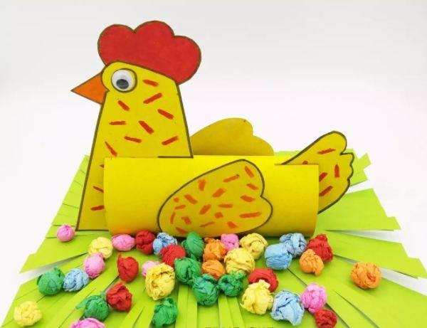 生蛋的母鸡图片