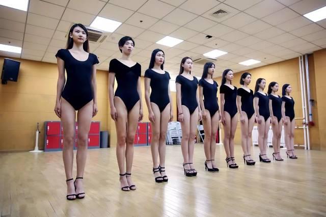 10月8日北京职业模特学校空乘专业艺考冲刺班开课通知