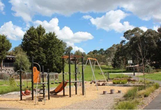 儿童活动乐园schafter reserve与小区相结合