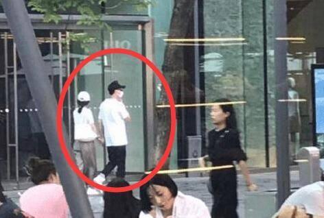 最新消息:赵丽颖没怀孕没有与冯绍峰领证暂时也没有结婚计划_腾
