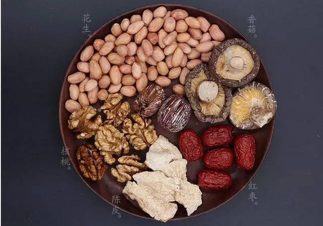 清补凉既可做糖水也煲汤来见于,常可用中国海南,广东,香港和澳门消消乐找大象266图片