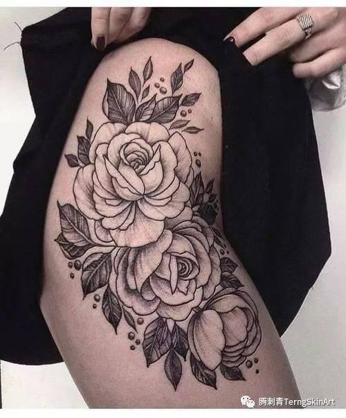 大腿素花纹身!太美啦图片