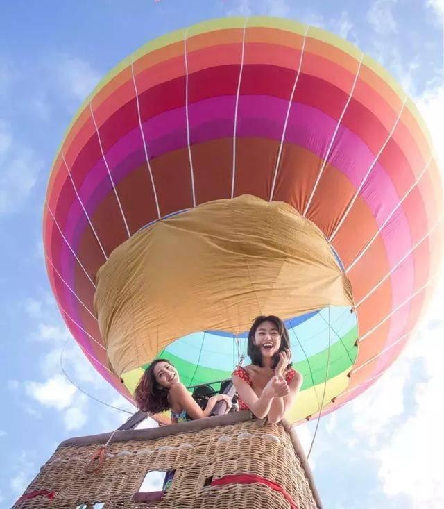 而浪漫又新奇的体验方式—乘坐热气球飞行