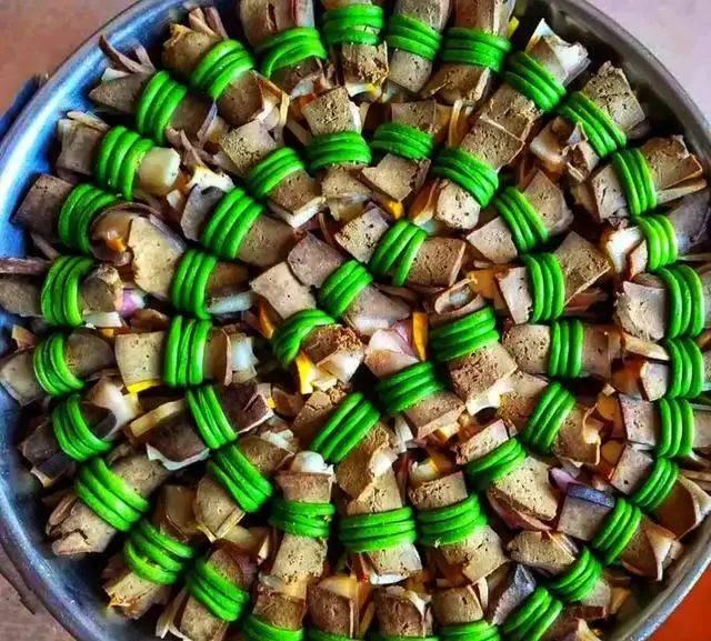 黄花肉扎是当地美食任务球球美食节传统光环图片