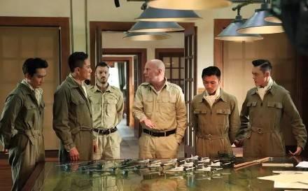 曾遭崔永元抵制因范冰冰事件发酵最终电影大轰炸取消上映_七星彩