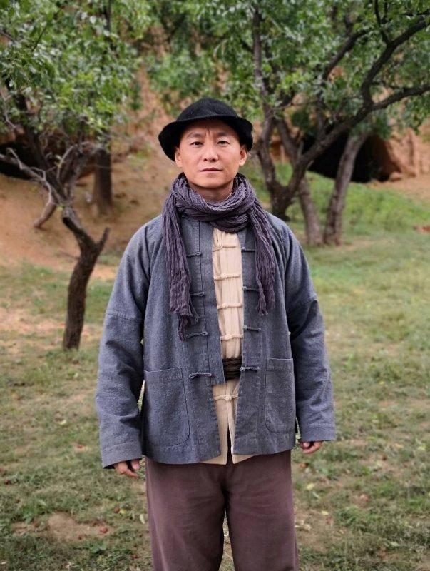 《一个鬼子都不留之猎手》热拍 演员冯玉玺亦正亦邪传播正能量