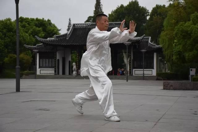 泰州有位孙氏拳传人周锦华,练拳20年,屡获全国大奖……