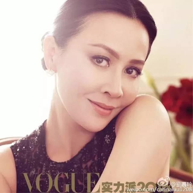 50岁女人屄的图片_但看了刘嘉玲—— 才知道女人最美的年纪可以是50岁!
