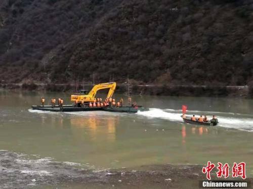 金沙江白格堰塞湖预计12日凌晨至上午开始过流