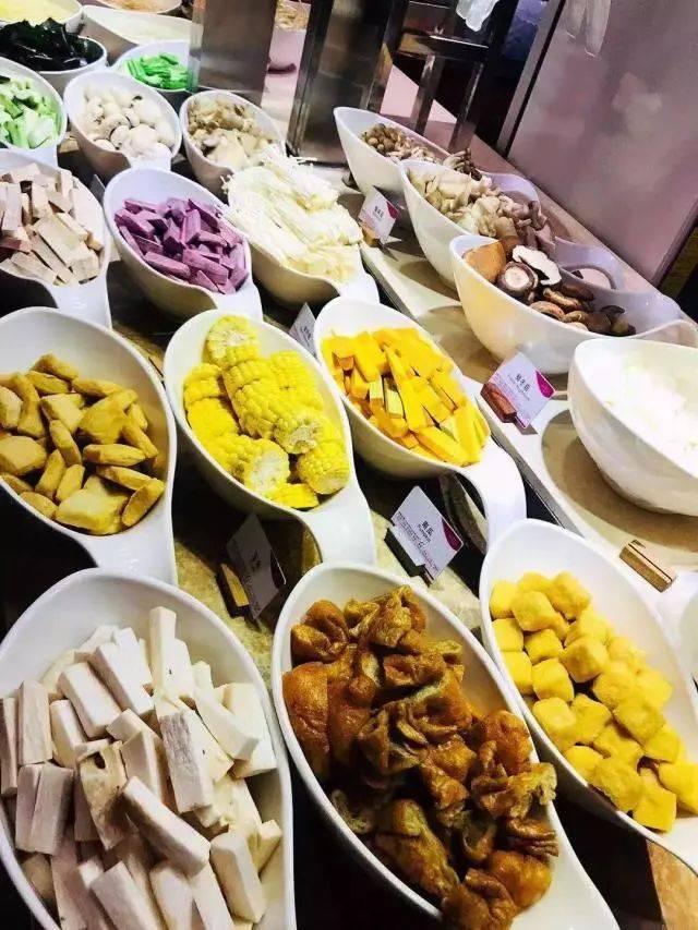 单吃海鲜就回本~人均1xx享广州五星豪华自助海鲜火锅晚餐~n种配菜